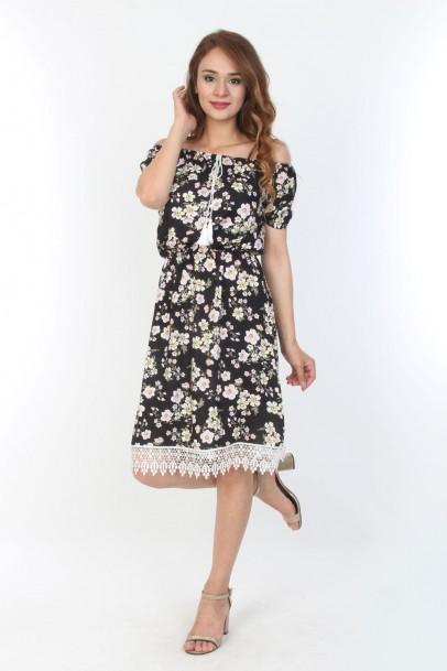 Dantel Detaylı Çiçek Desenli Bayan Elbise