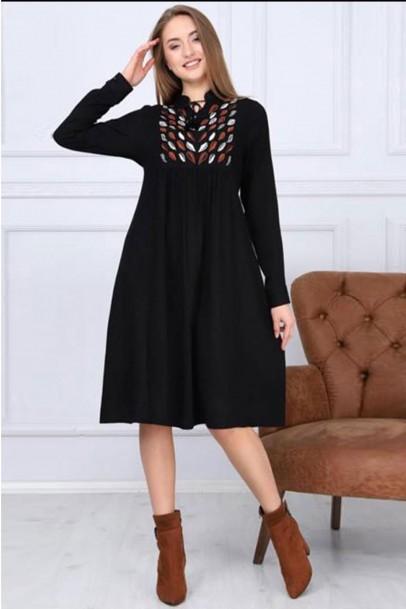 Robalı Siyah Benekli Elbise