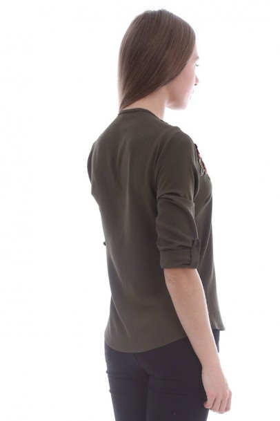 Kadın Haki Bluz Gül Yaka Detaylı