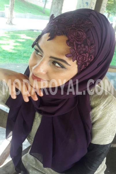 Bayan Şal Boneli mor işlemeli