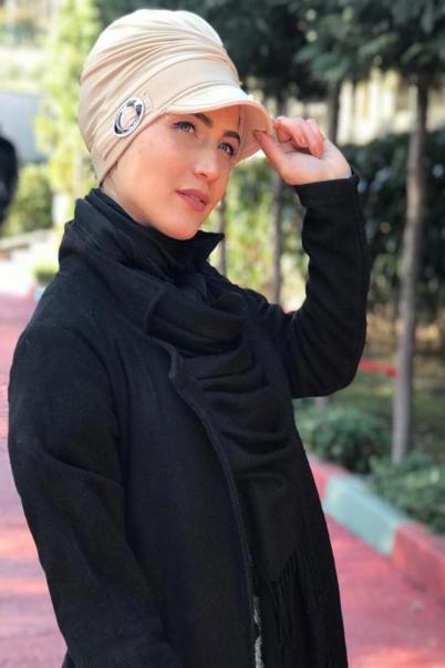 Bej Boneli Tesettür Şapka