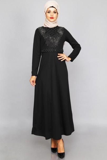 Siyah Elbise Taş Detaylı