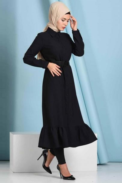Tesettür Düğmeli Fırfırlı Boydan Siyah Elbise